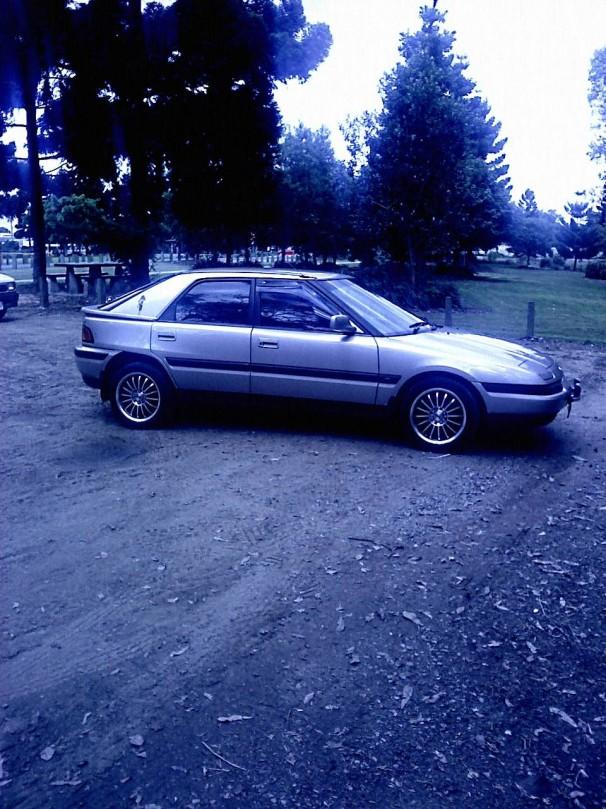 1993 Mazda 323 Astina