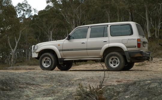 1990 Toyota LANDCRUISER (4x4)