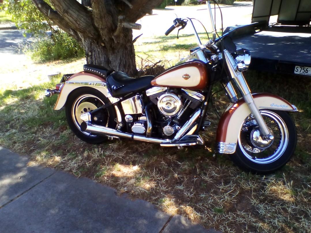 1988 Harley-Davidson 1340cc FLSTC HERITAGE SOFTAIL CLASSIC