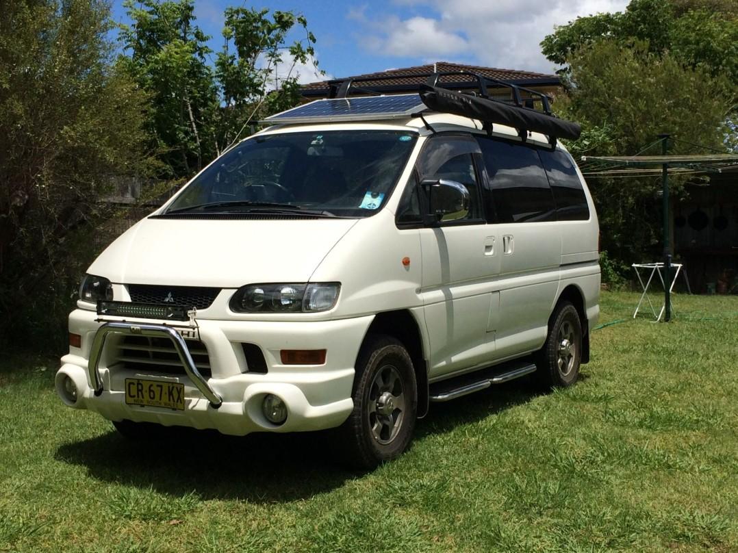 2002 Mitsubishi DELICA CHAMONIX