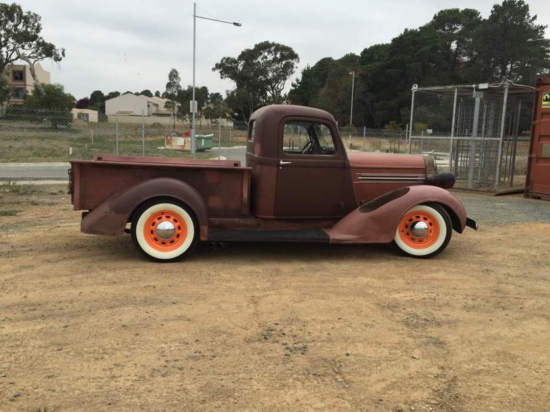1936 Dodge L6