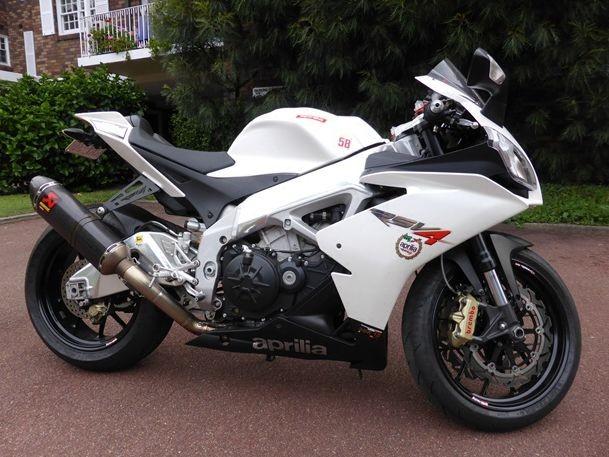 2011 Aprilia RSV4 1000