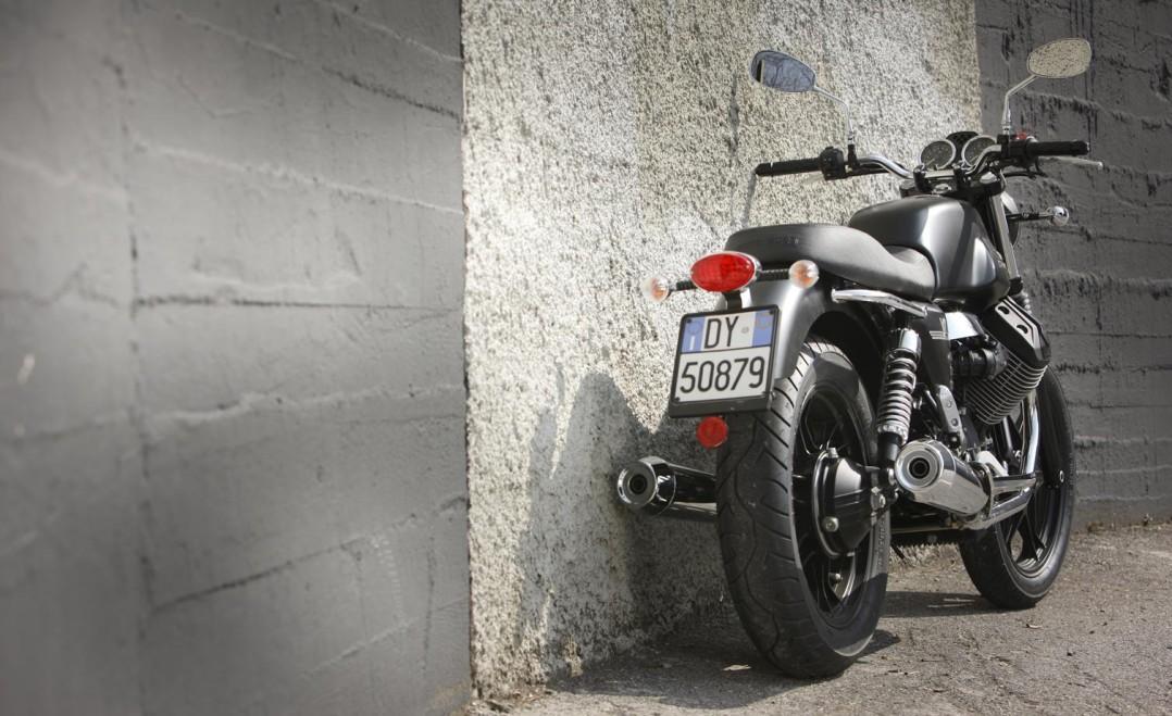 2012 Moto Guzzi V7 Stone