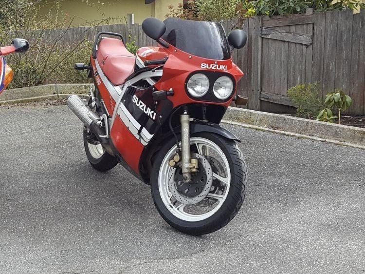 1985 Suzuki GSXR 750