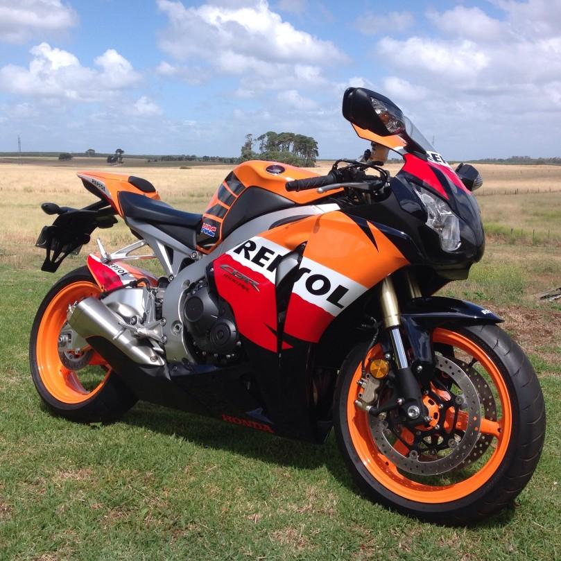 2009 Honda 1000cc CBR1000RR REPSOL LTD ED