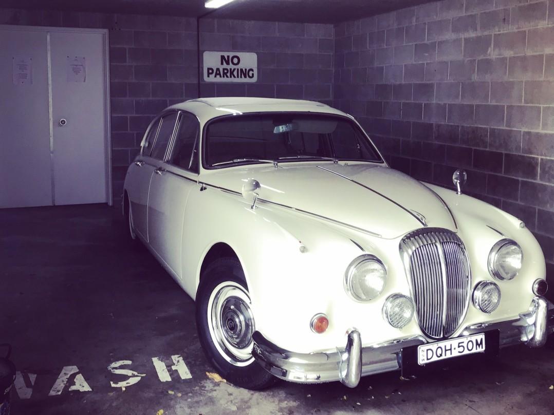 1963 Daimler 250