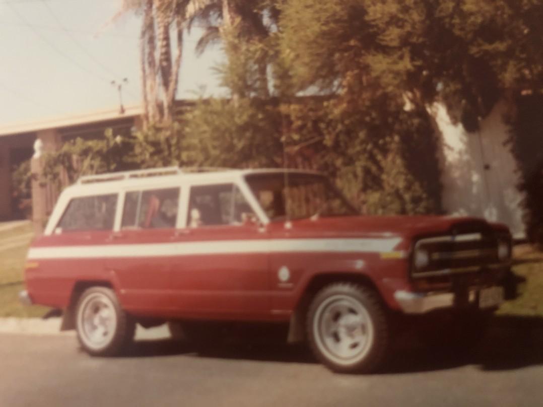 1981 Jeep CHEROKEE (4x4)