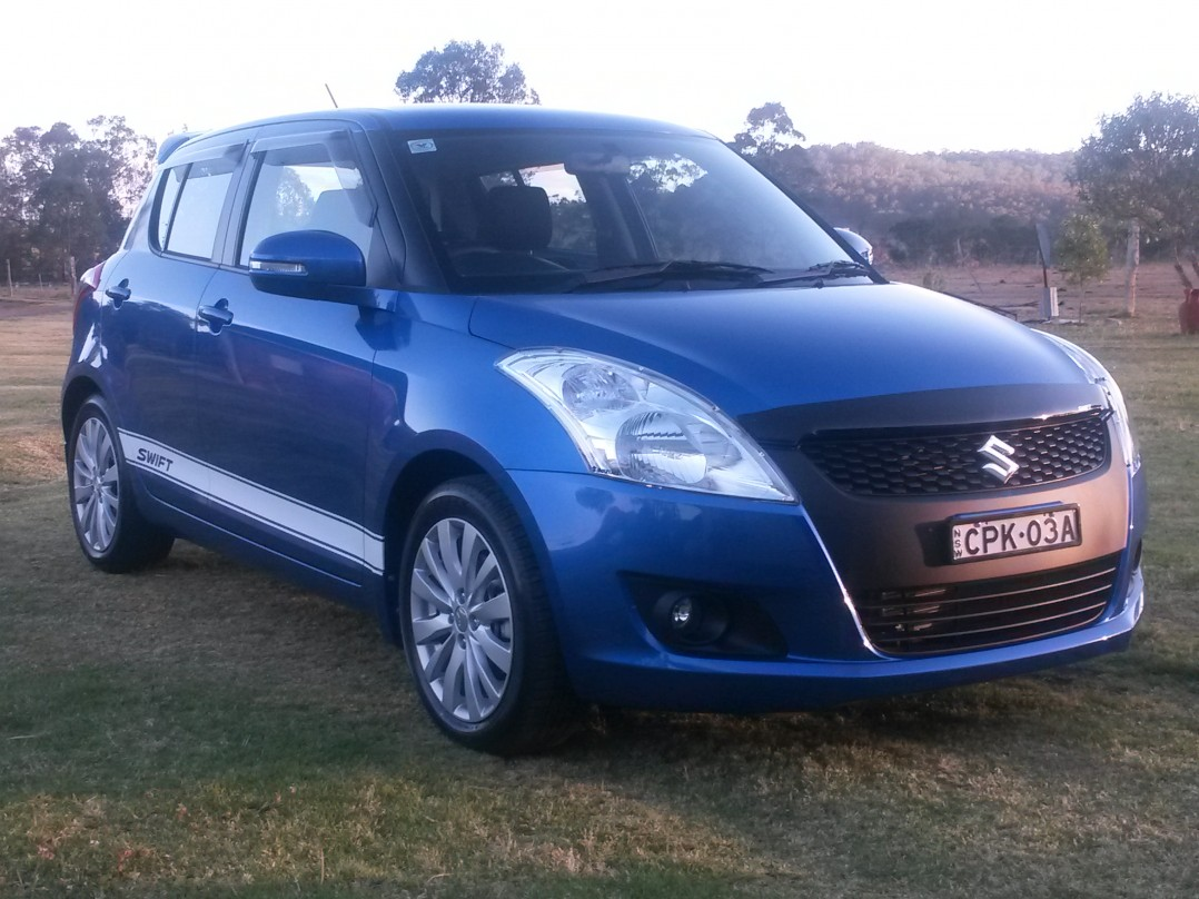 2013 Suzuki SWIFT GLX