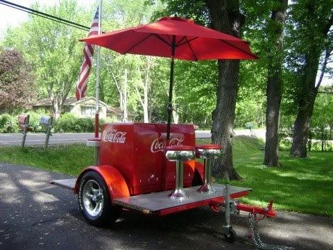 1938 Coca-Cola Ice chest cooler