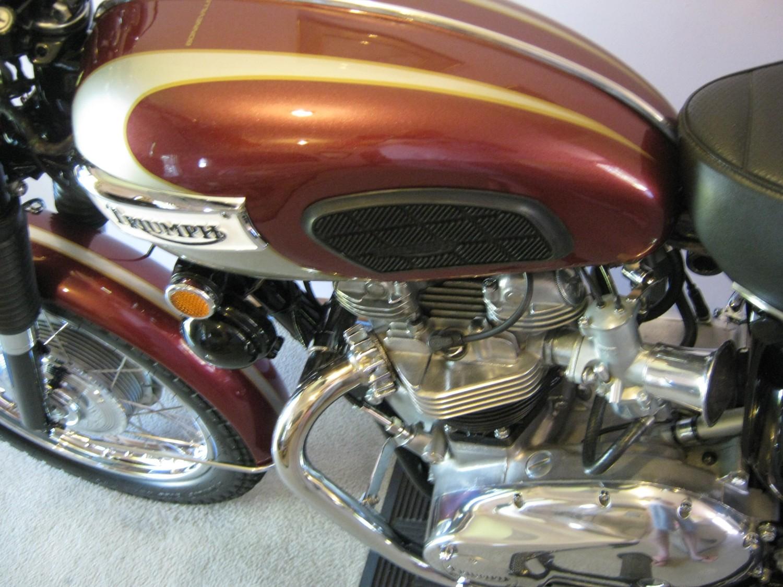 Triumph,1970,Bike,650 cc,Bonneville,4 speed,1970 T120r,Robyyy,1970 Triumph Bonneville,Triumph Bonneville