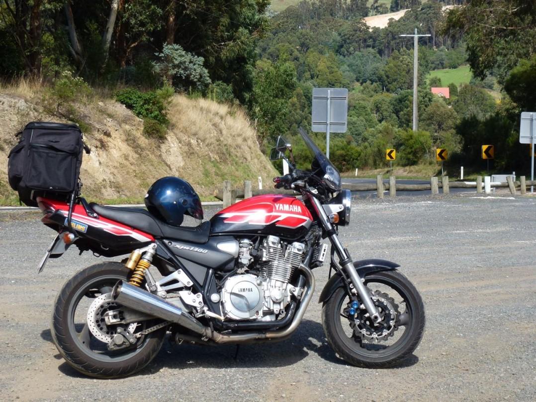 2000 Yamaha 1251cc XJR1300