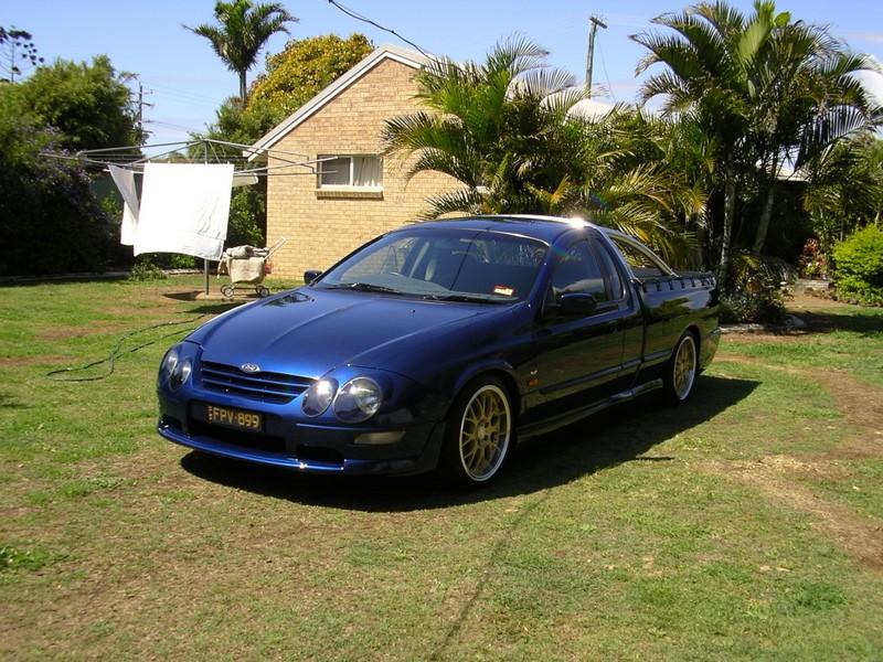2000 Ford Performance Vehicles au xr8