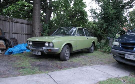 1976 Fiat 124 Sport Green Dream