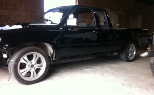 1991 Toyota Hilux Extra Cab