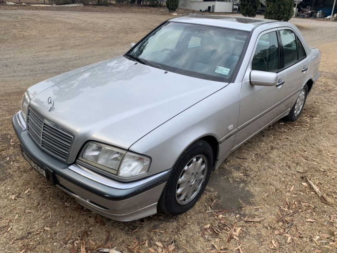 1997 Mercedes-Benz C240 ELEGANCE