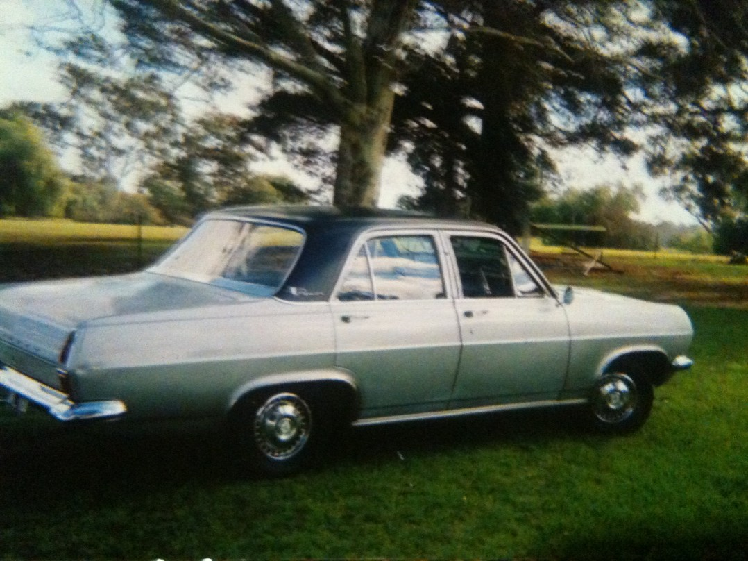 1967 Holden hr premier