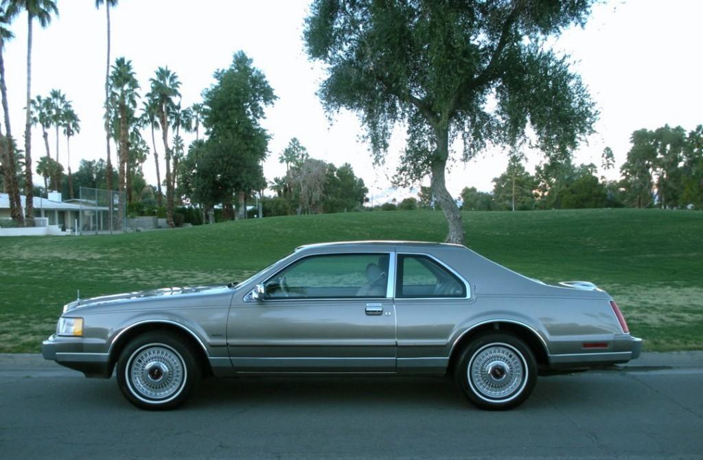 1984 Lincoln Mark 7 Bill Blass