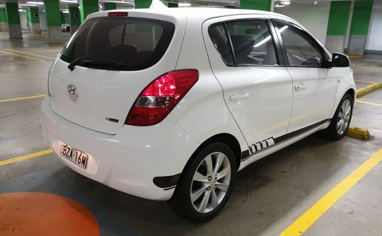 FS: 2010 Hyundai i20 Daily driver (Keep your expensive classic safe!)