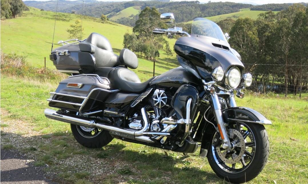 2014 Harley-Davidson 1690cc FLHTK ELECTRA GLIDE ULTRA LTD