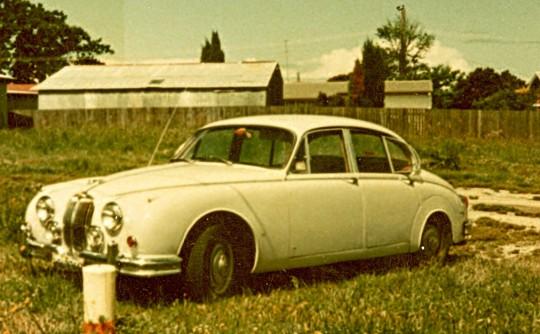 1984 Jaguar 1965 MKII