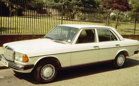 1985 Mercedes-Benz W123 230 E