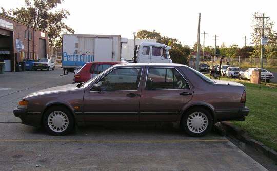 1989 SAAB 9000 CDT