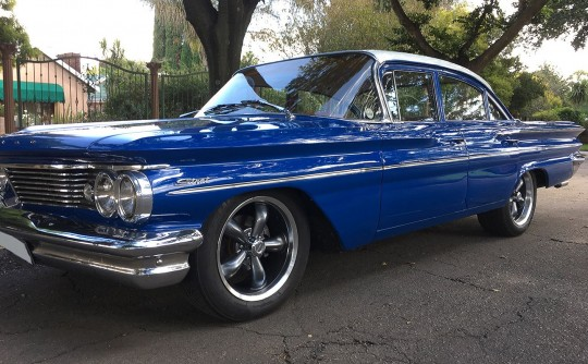1960 Pontiac Strato Chief