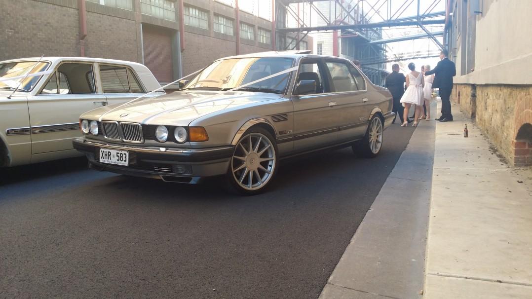 1988 BMW E32 750iL V12