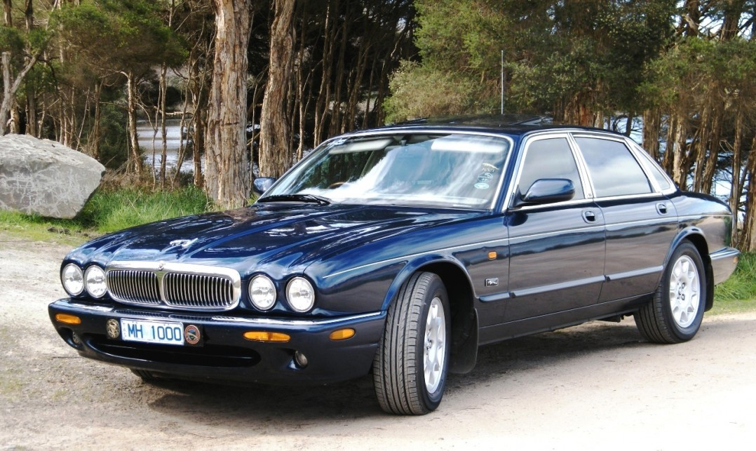 1998 Jaguar XJ8 Soverign 4.0 litre