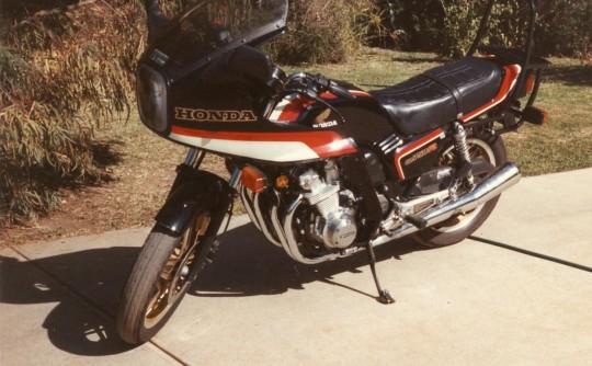 1982 Honda 1982 CB 750 F2 c (faired)