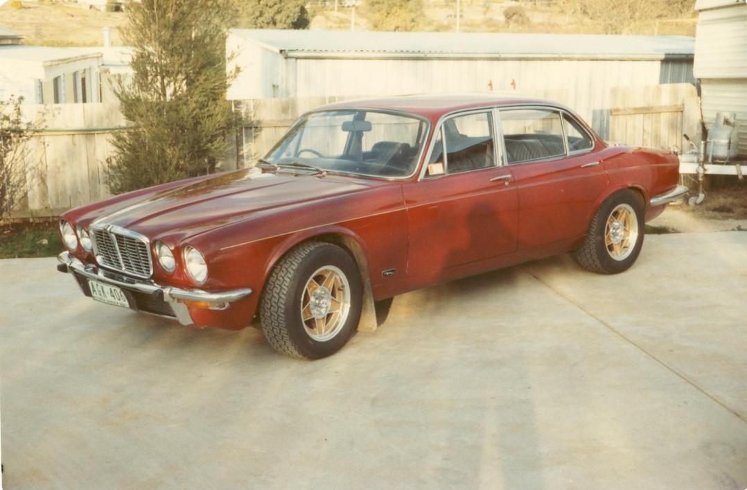 1974 Jaguar XJ6 4.2