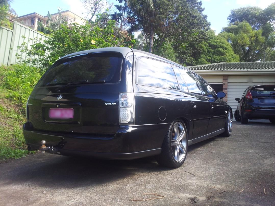 2001 Holden COMMODORE ACCLAIM