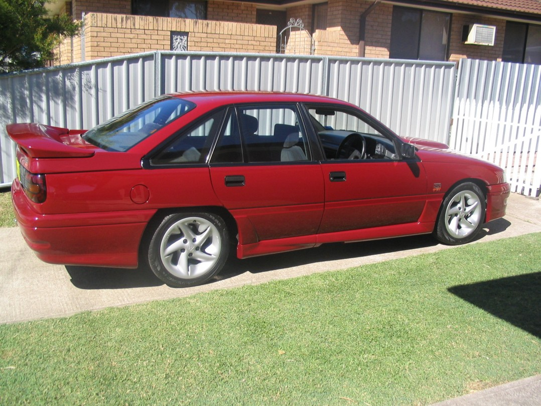 1990 Holden Special Vehicles COMMODORE SS GROUP A