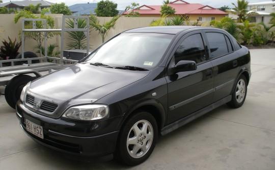 2000 Holden ASTRA CD