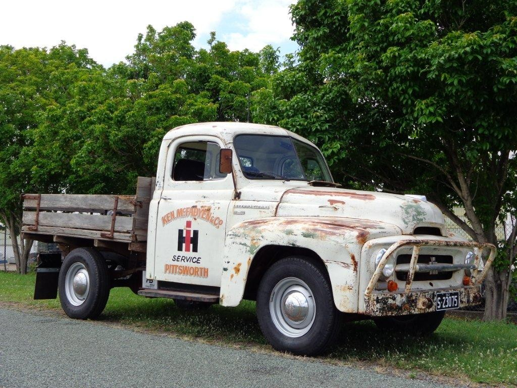 1954 International Harvester AR 110