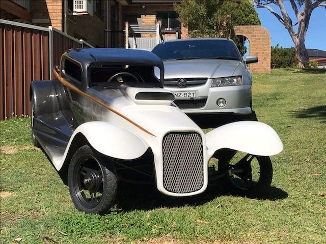 1932 Chevrolet 3 window coupe half scale