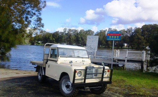 1974 Land Rover Series 3 - Cab Chassis Utility