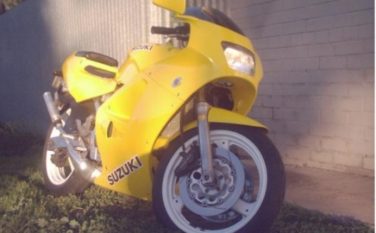 1988 Suzuki RGV250