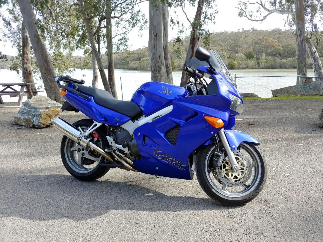 2001 Honda 782cc VFR800F (VFR800Fi)