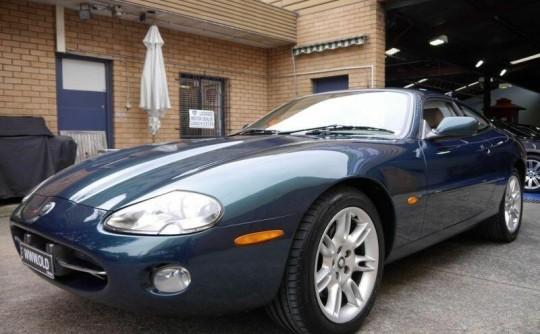 2002 Jaguar XK8 CLASSIC