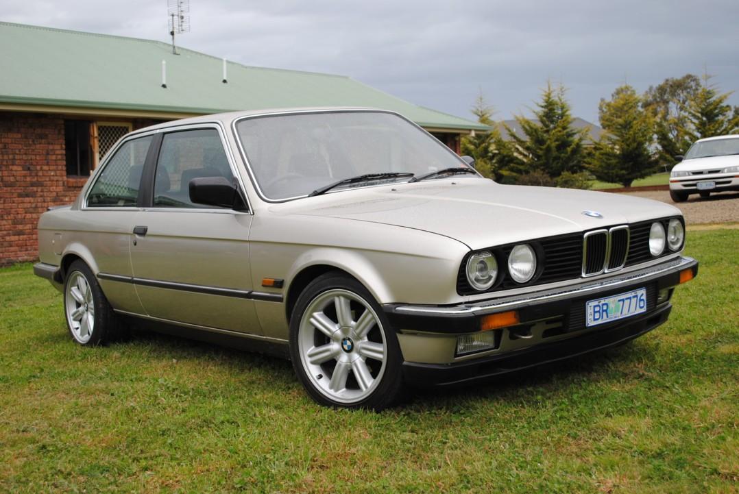 1983 BMW E30 323i