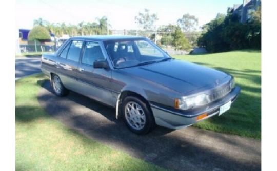 1986 Mitsubishi MAGNA ELITE