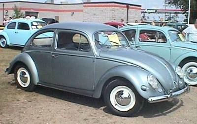 1959 Volkswagen Beetle (small window)