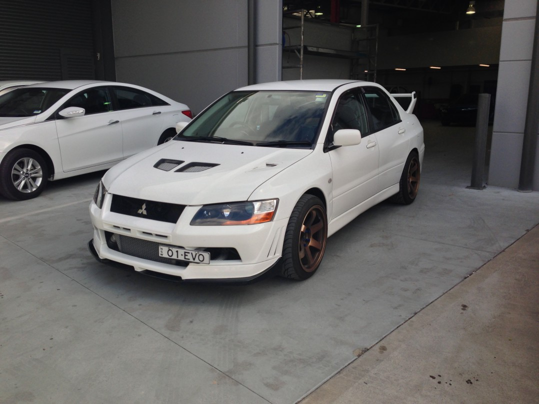 2001 Mitsubishi Evolution VII