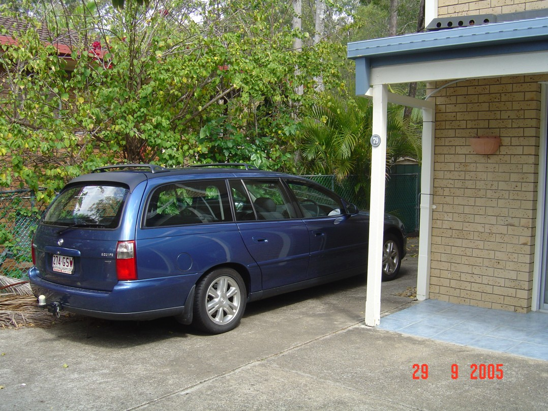 2003 Holden COMMODORE SV6