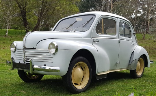 1953 Renault 750