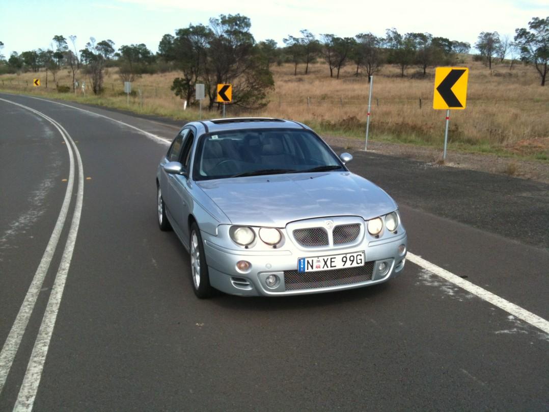 2003 MG ZT 180