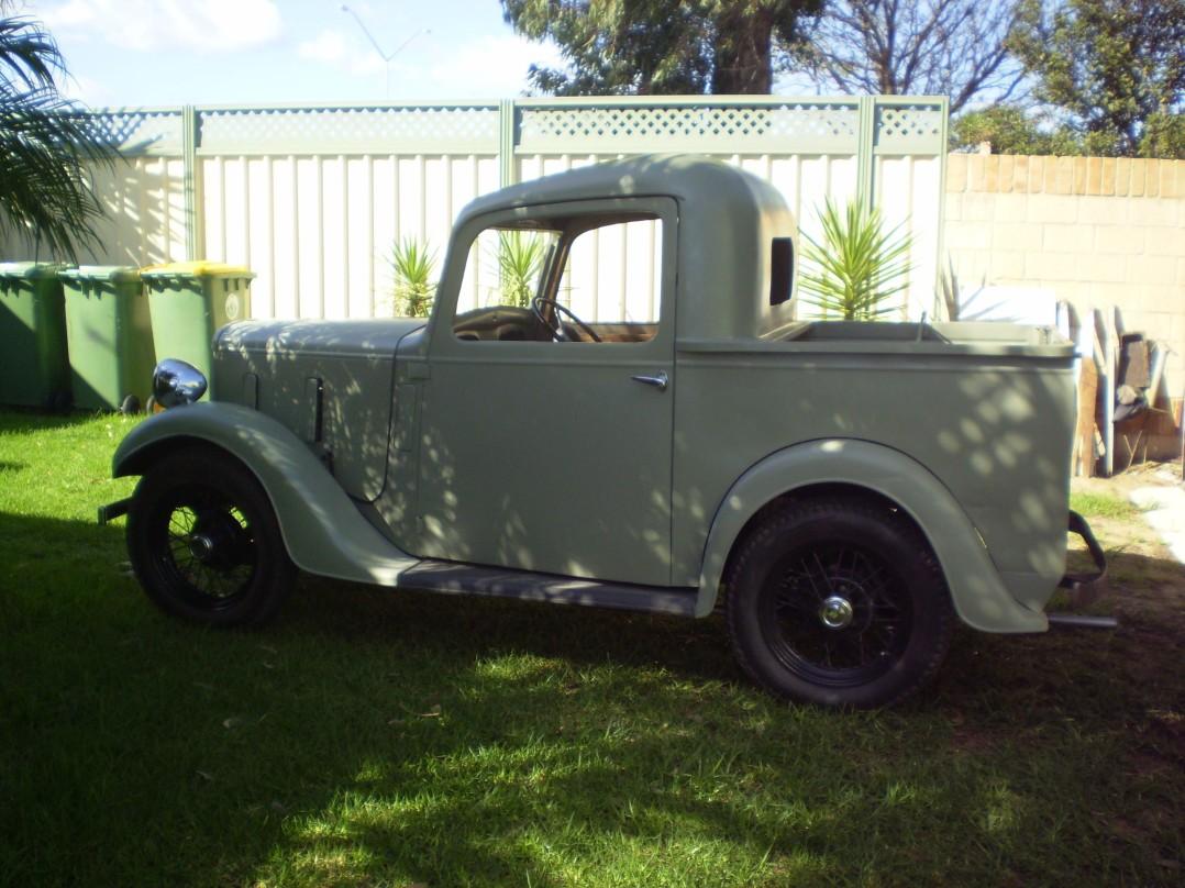 1935 Austin ruby