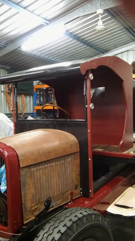 1928 Chevrolet flat bed truck