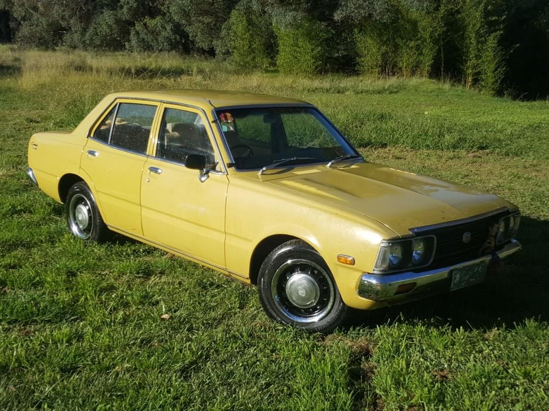 1975 Toyota CORONA SE